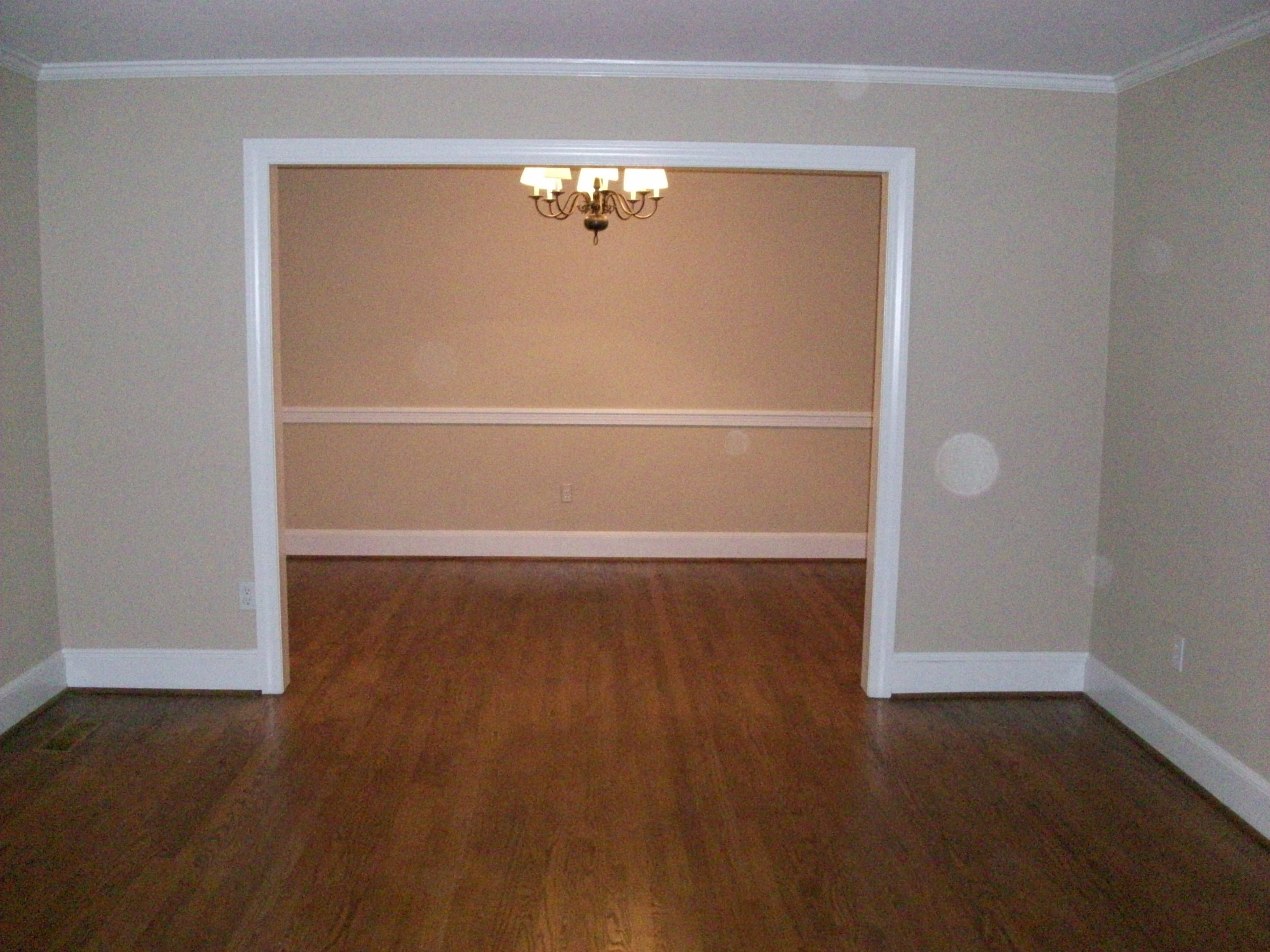 Exceptional one level home near ecu greenville nc real estate for Hardwood floors greenville nc